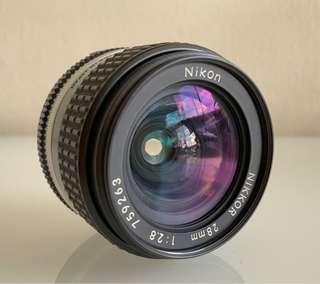 Nikon 28mm F2.8 manual lens