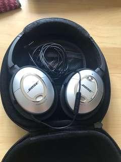 Bose QuietComfort 15 (Noise cancelling) Headphones