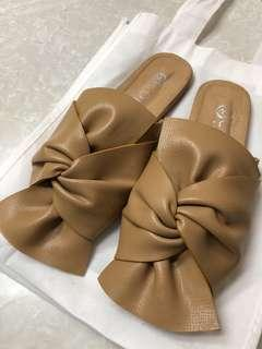 Brown Leather Slip On Ribbon Knot Flat Shoes