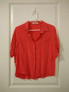 Red middle sleeve shirt
