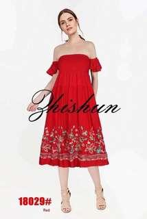 Embroidery off shoulders dress