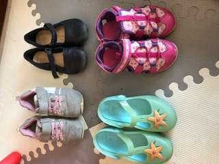 Girls shoes (age 4-6)