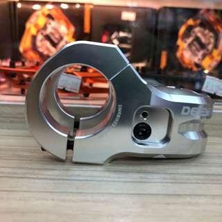 New: DMR DEFY50mm length (diameter: 31.8mm) Stem