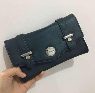 REPRICED!! KENNETH COLE REACTION PURSE