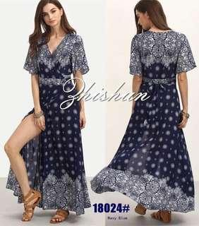 Maxi dress with slit 👗