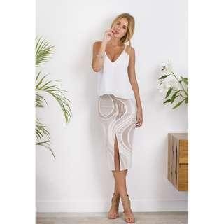 SHEIKE NUDE FITTED SKIRT 6 & 8 AVAILABLE
