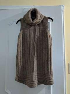 TAHARI wool and yak hair blouse
