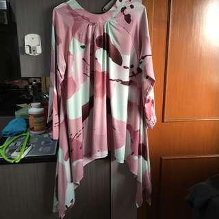 Pink abstract blouse tunik model payung