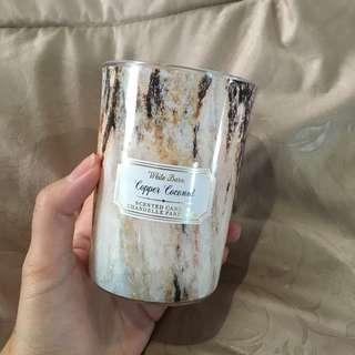 Scented candle white barn coconut