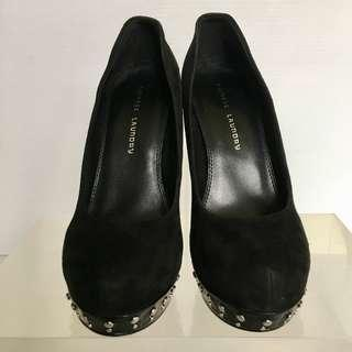 Chinese Laundry Suede Studded Platform Heels. Size 7