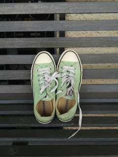Original Converse all star shoe