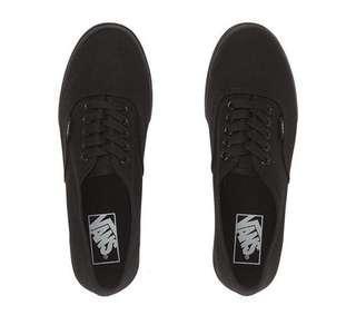 Vans authentic lo pro converse canvas flats- size 7 38 black matte