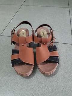 #bersihbersih Sepatu wedges wanita modis