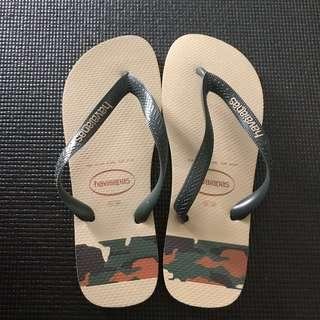 Authentic Brand New Havaianas Slippers(EUR 43/44, USA 11/12)