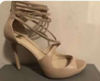 Size 8.5 Marciano