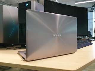 Asus Zenbook 256GB SSD 8GB RAM