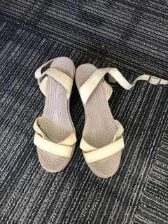 Crocs Wedge Nude