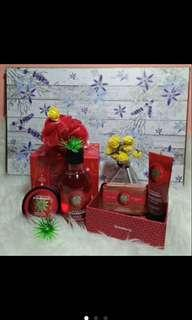 The body shop stawberry