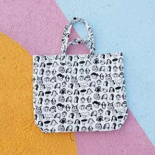 🚚 The Everyday Club X-Large Canvas Tote - Abstract Faces Print