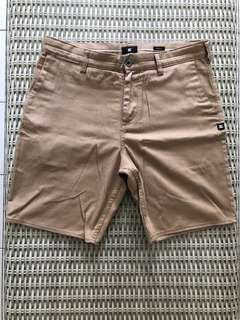 DC Shoes💯% Authentic beige shorts for SGD$27 (size 30)