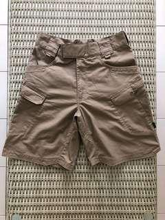 Helikon💯% Authentic beige cargo shorts for SGD$37 (size 30)