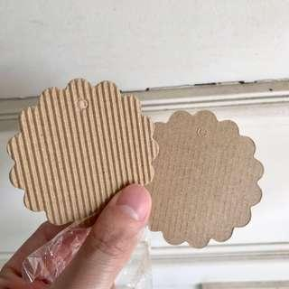 [NEW] Small paper tag/card