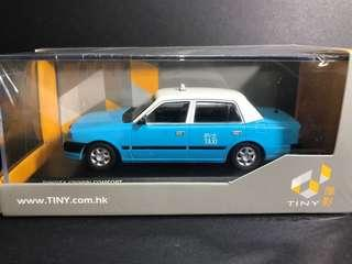 1/43 Tiny 大嶼山的士 Crown Taxi 模型