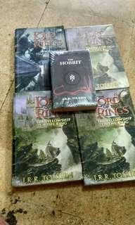 Novel Lord of the Rings dan The Hobbit