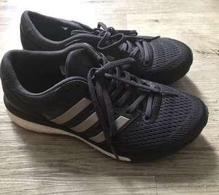 Adidas running shoes Boston 跑鞋