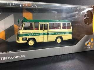 1/43 Tiny 綠色小巴 14座 80年代 柴灣 模型