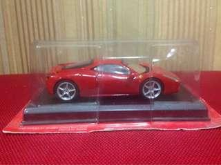 Collect OFFICIAL 1:43 FERRARI 458 ITALIA
