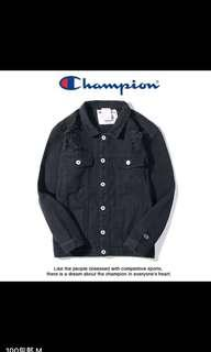Champion 特價250牛仔外套現貨只有m size