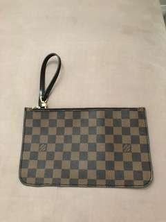 NeverFull Clutch