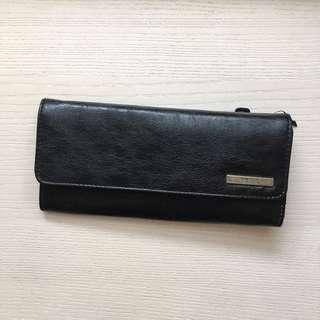 AUTHENTIC Kenneth Cole Reaction trifold wallet