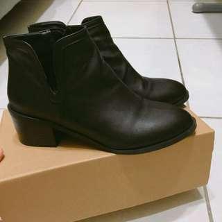 🚚 踝靴 雀爾喜靴(23.5cm)