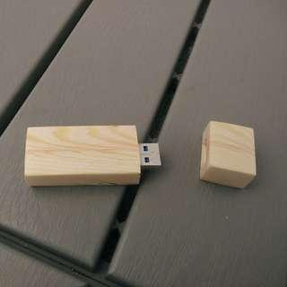 Flashdisk kayu Sandisk 16 gb