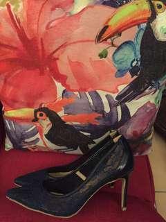 New sexy dark blue lace heels size 40
