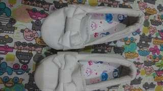 Sepatu slip on sumsum disney for kids