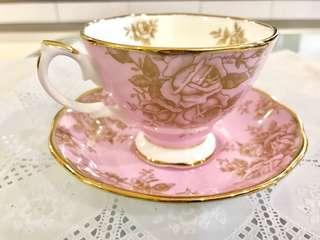 Royal Albert 1960's Golden Rose teacup with saucer