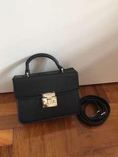 BN Black pearl pushlock crossbody satchel / sling bag