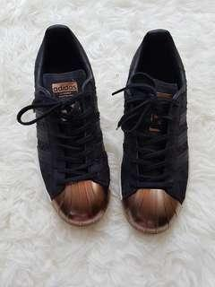 Sneakers Adidas (Authentic)
