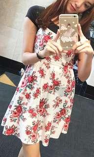 Flower Dress (Putih motif Bunga)