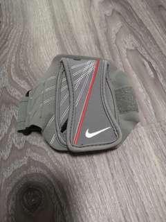 Nike lightweight running arm wallet case