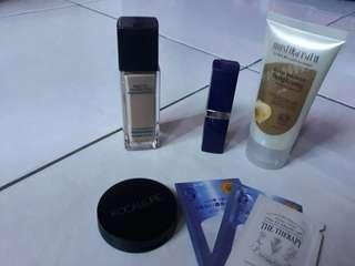 Foundation, Concealer, Blush On, Masker. Take All (Free Sample)
