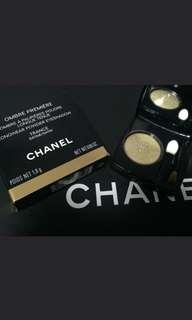 Chanel gold eyeshadow