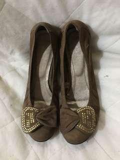 PabDer Brown Close Shoes