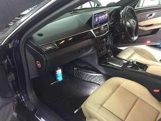 Mercedes E250👉2013 Aircon Cleaner can remove odor , after used will become more cooler and the air in the car is more refreshing .