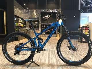 Mondraker 27.5+ AM Mountain bike
