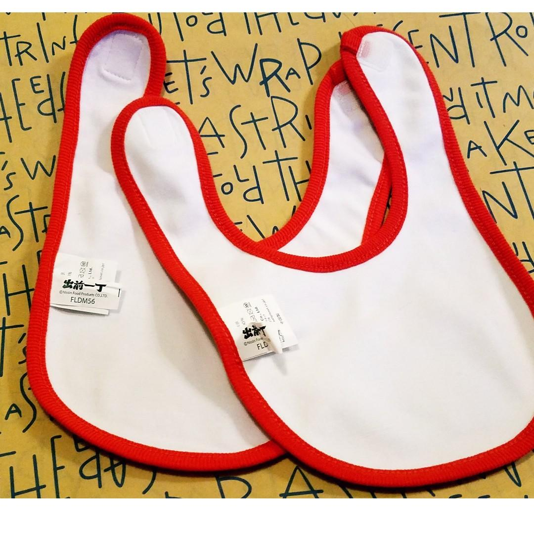 日本 正版 ! NISSIN 日清 出前一丁 清仔 嬰兒用品 全棉口水肩 Baby Bib 2件套 (包平郵)