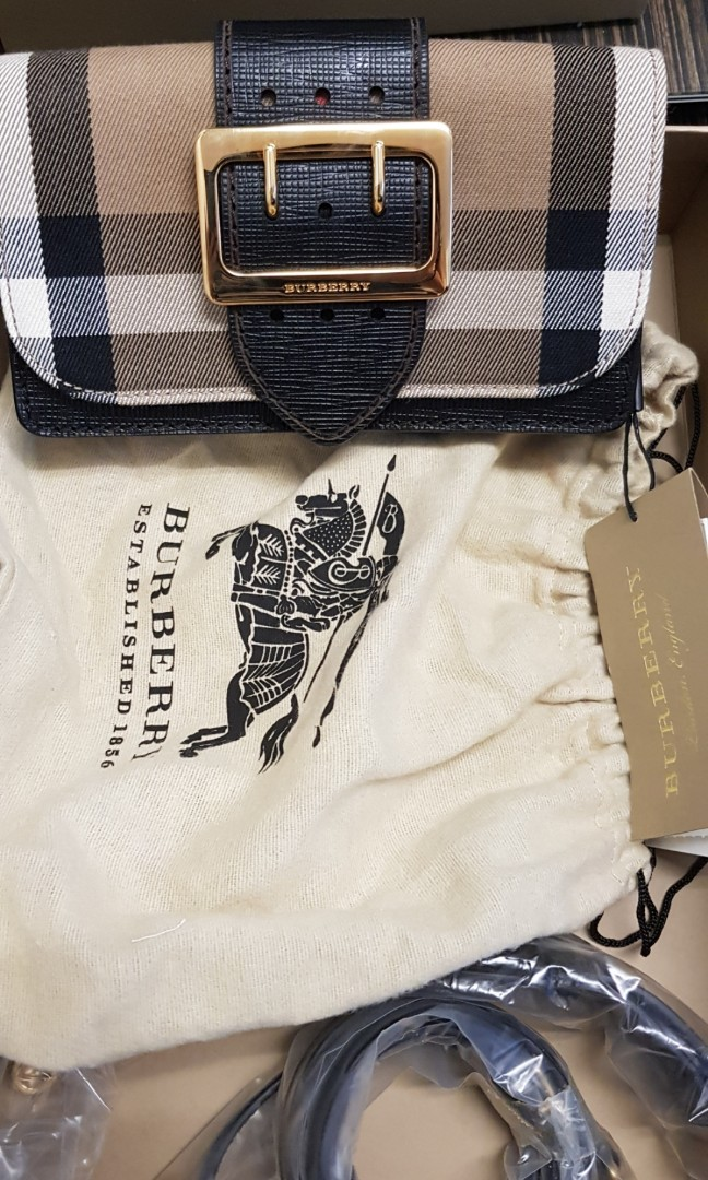 a9717f271f3c Burberry Sling Bag  Clutch Bag
